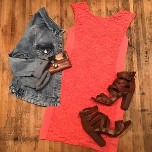 Fitted pink/coral lace dress